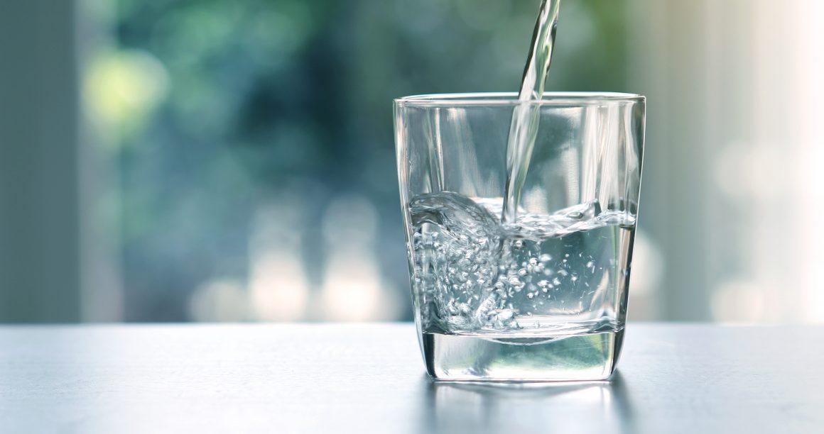 Previniendo la cistitis con una buena hidratación.jpg
