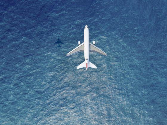 hidratación en viaje de avión
