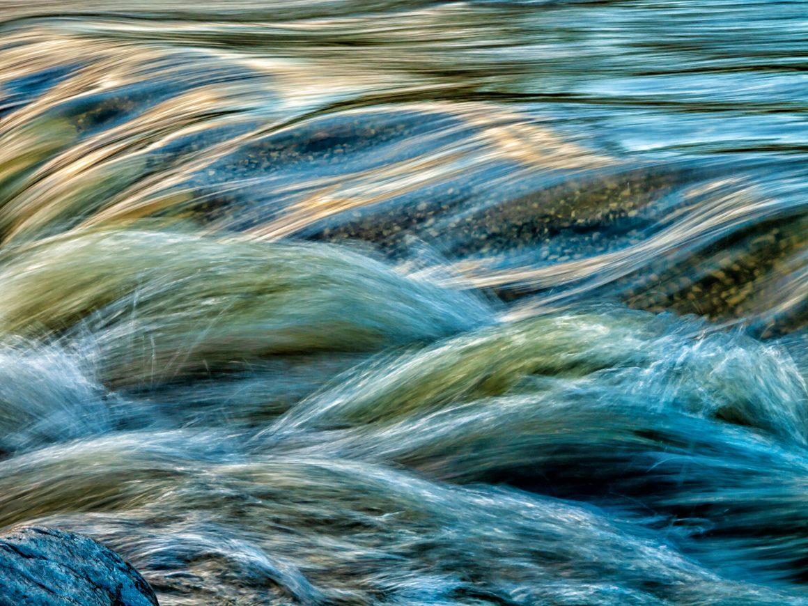 agua corriente y agua mineral